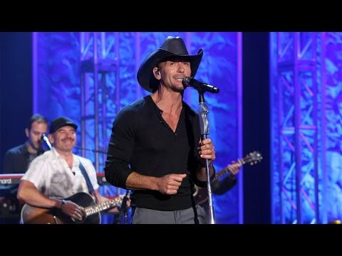 Tim McGraw Performs 'Something Like That'