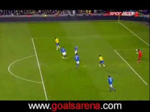 but Bresil italie robinho 2 0 match brazil italy second goal magnifique!!!!!10 02 09 match amical