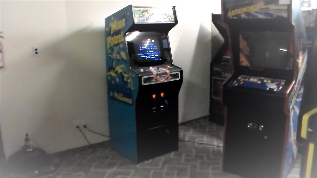 Classic Williams 1982 Moon Patrol Arcade Game Cabinet So Fun