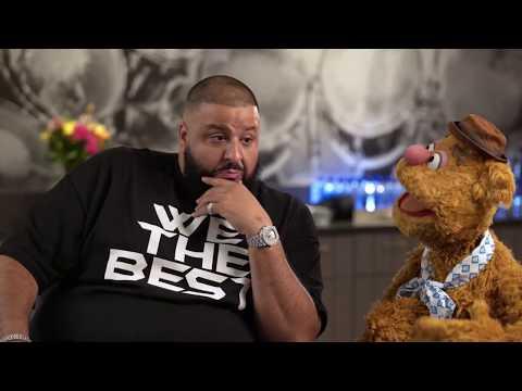 Fozzie Bear gets DJ Khaled on his mixtape at WE Day