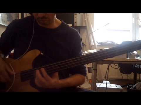 "(Bridge) ""Every Time You Go Away"" Pino Palladino´s Awesome Playing .."