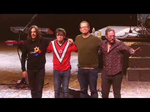 """Say It Ain't So & Paranoid (Black Sabbath Cover)"" Weezer@The Met Philadelphia 12/12/18 Mp3"