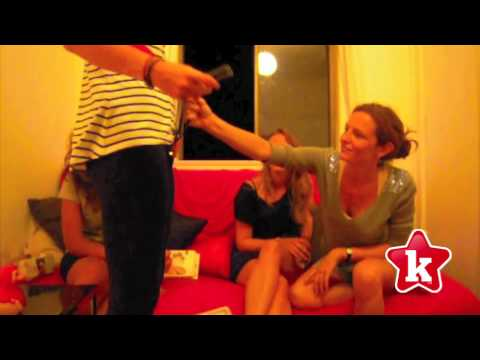 Four French Girls Explore Sex Toys- Part 1Kaynak: YouTube · Süre: 4 dakika3 saniye
