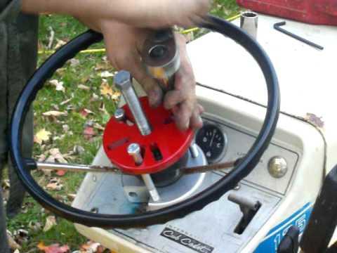 Cub Cadet Mo.125 Steering Wheel Removal Tool Demonstration