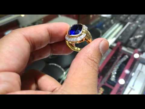 10ct BLUE SAPPHIRE RING SET WITH DIAMOND
