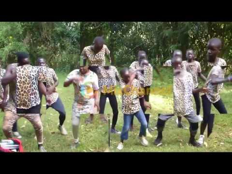 JOGET ASYIK® 🎵RMX DJ VANLY BHALY   A N J A Y   CVR AFRICA DANCE👍   YouTube