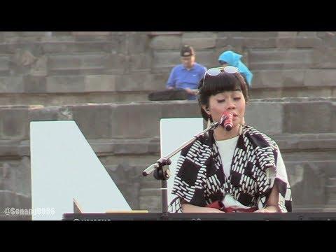 Yura - Intuisi ~ Cinta dan Rahasia @ Prambanan Jazz 2017 [HD]