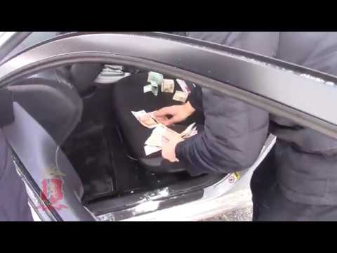 Главу Козульского района задержали за взятку
