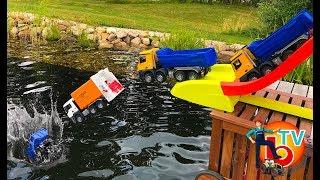 BRUDER TRUCKs Halfpipe and  GARBAGE Jump fail crash MAN Mercedes | Toys fail