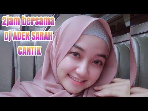Dj Adek Sarah ( 1000 Foto Wanita Hijab Cantik )