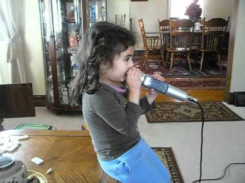 Karaoke Time w/ da diva Brianna (_!_)