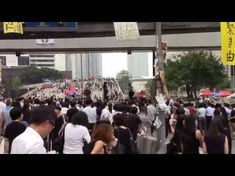 [Raw footage] 20141009 Umbrella Revolution - Looking around