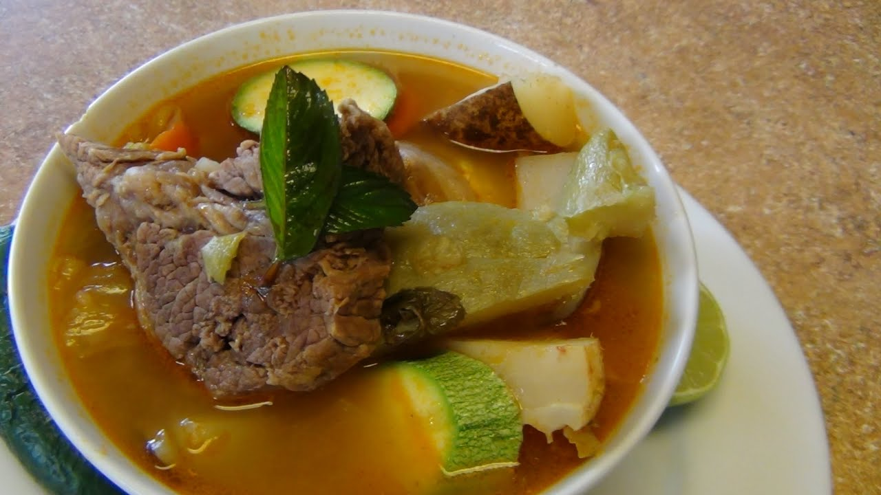 Mexican beef and vegetables soup. - YouTube