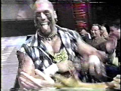 WWF RAW SATLITE FEED 02-98  VTS 01 2