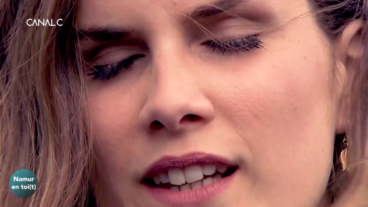 """CHARLOTTE - """"Force et Amour"""" (Acoustic)"""