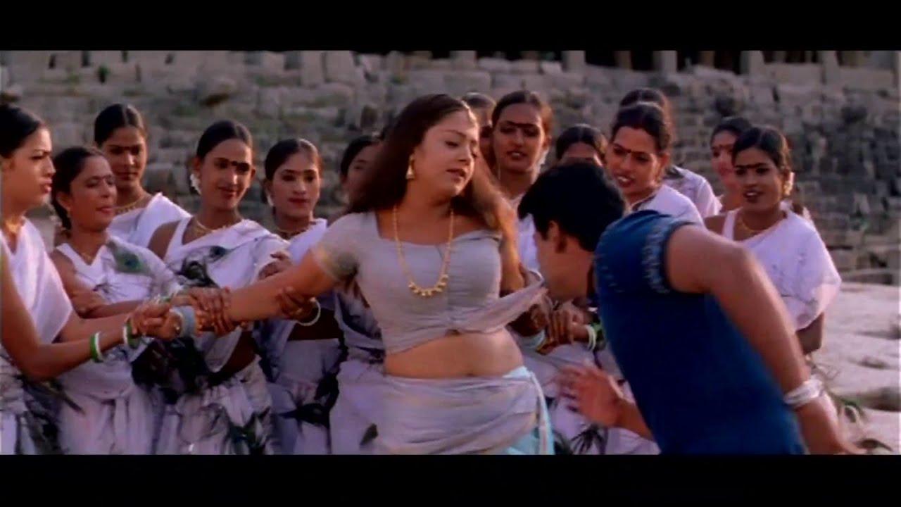 Download Adi Nenthikkitten Star Jyothika hottest Saree Navel Song 4K UHD full Video Song