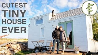 One of Exploring Alternatives's most viewed videos: Tiny House with Incredible Interior Design Built in 40 Days!