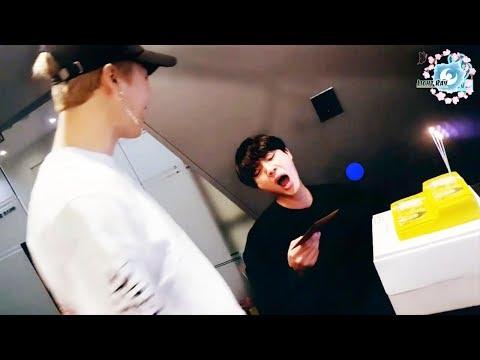 Jimin made Jin surprise on his birthday #WorldwideHandsomeday