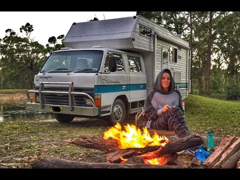 FAMILY OF 4, SIMPLE LIFE FREE CAMPING AUSTRALIA BY THE FIRE BERMAGUI NSW!