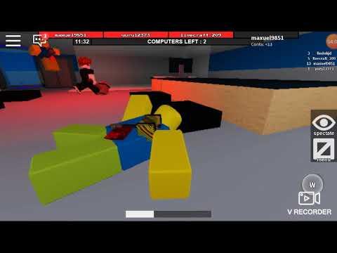 os noobs entraram na área I roblox flee the facility