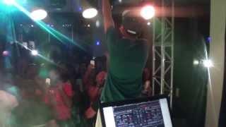Yuri BH - Bonde da Shineray-Ao Vivo em Conceição do Rio Verde-MG-Dia 28/12/13