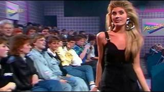 Скачать Mandy Smith Boys And Girls Extended Video Mix