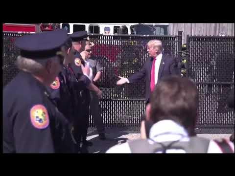Trump Loves Our Law Enforcement Officers