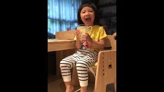 精華版-買了一定會推薦!滿意度100%的兒童無毒成長桌椅!