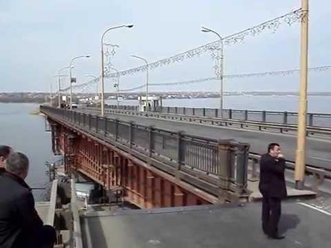 Николаев, разводка Варваровского моста, прикол