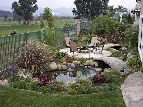 Landscaping ideas for small areas small yard landscaping for Small area garden design ideas