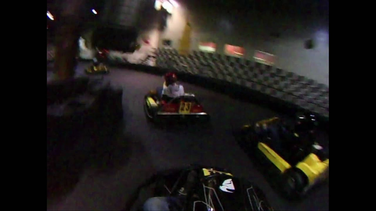 Montreal go karting youtube for Go kart interieur montreal