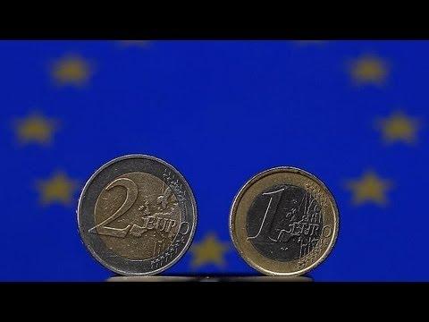 Экономика зоны евро сократилась на 1%
