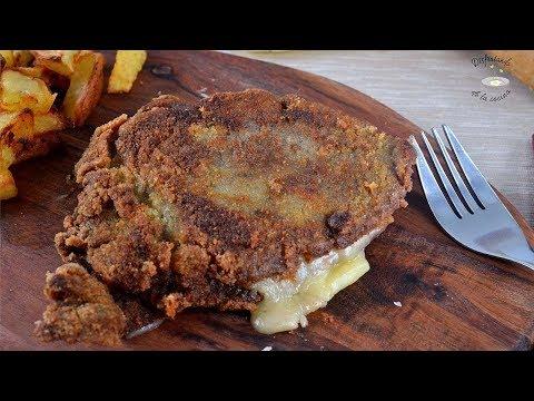 Cachopo de ternera relleno de jamón ibérico y queso o ternera empanada rellena. Receta fácil