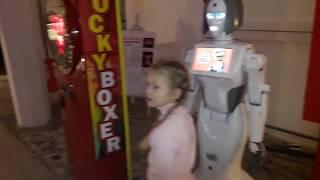 Смотреть видео Выставка робототехники. часть 1 онлайн