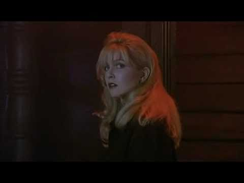 Twin Peaks ( Fire Walk With Me) - bar scene (Julee Cruise - Questions In A World Of Blue)