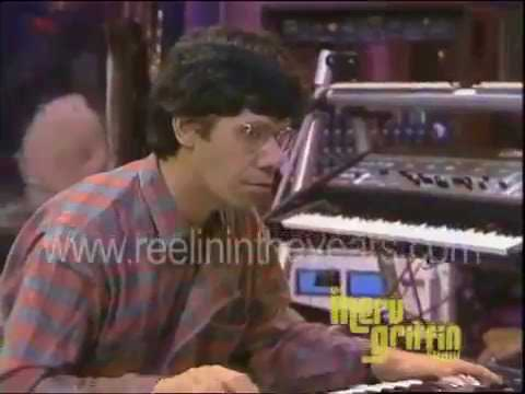 "Chick Corea & Herbie Hancock 1985 (""Malagueña"" + interview )"