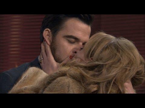 Amar es para siempre  Valeria y Diego se besan