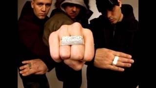 Hilltop Hoods - I Love It feat. Sia