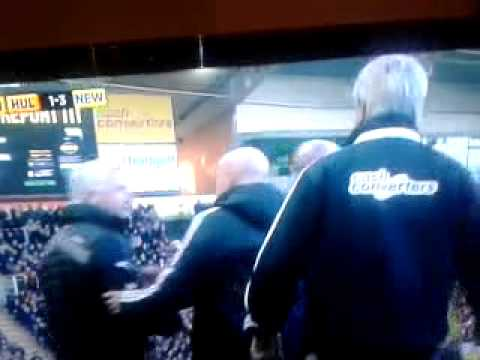 pardew headbutts hull citys David Meyler