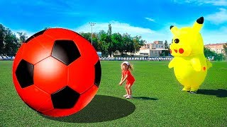 Head, Shoulders, Knees & Toes - Exercise Song For Kids | Colors Soccer balls