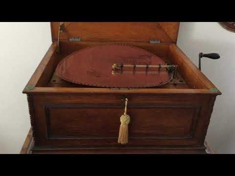 Regina Music Box double comb