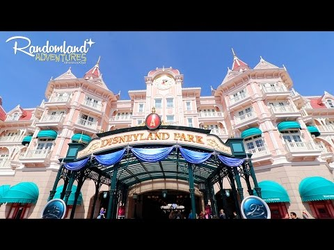 Disneyland Hotel - Paris! The Secret Club, Breakfast with Mickey, & More!