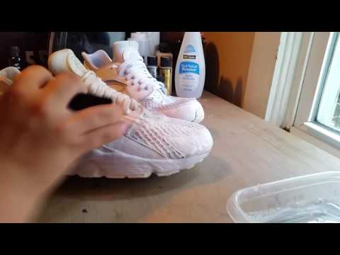 Huarache Deep Clean & Mini-Restoration