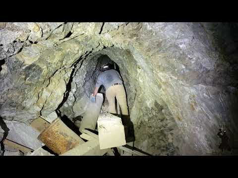Artifact Loaded 9 Level Underground Mine The Russia Bloody Knife Mine