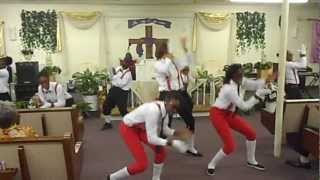 In the Middle of it!!!- Praise Dance