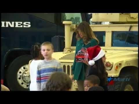 Melania Trump entrega regalos navideños a niños de comunidades afectadas por huracanes