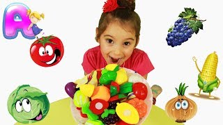Anna Learn Names of Vegetables and Fruits and Plays