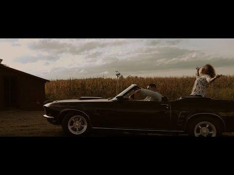 Niko Eme - Gratis (Video Oficial) Feat. Ada Betsabe