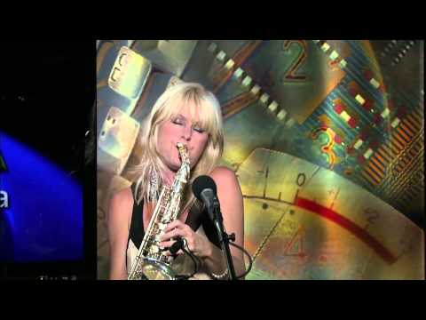 "Mindi Abair Performs ""Any Way You Wanna"" on VOA's Border Crossings"