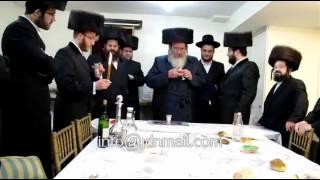 Spinka Rebbe Making Havdalah In Monsey Iyar 5772